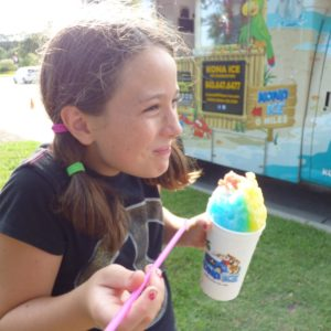 Daniel Island Farmers market Features Food Trucks
