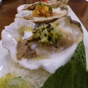 where to eat oysters in charleston sc