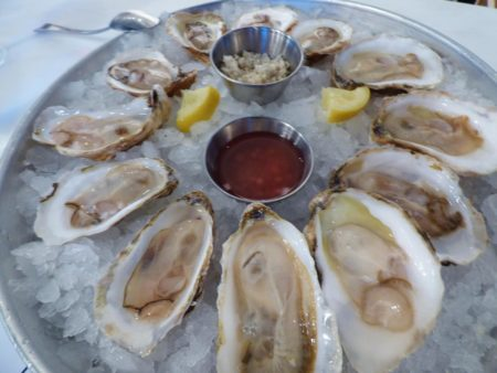 best raw bar happy hour in charleston sc
