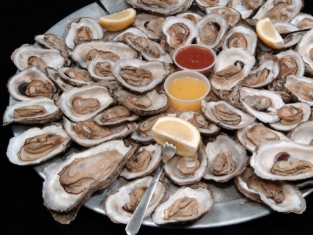 where to eat oysters.