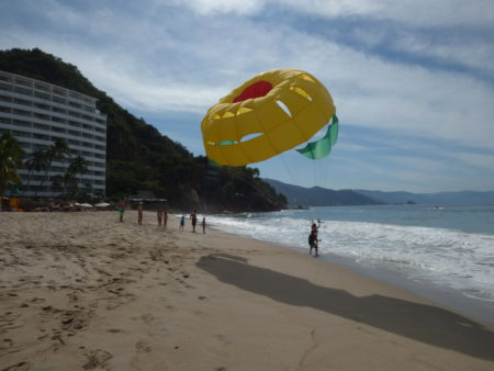 outdoorlux-parasailing-mexico